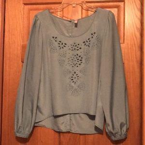 Dress blouse hi-low. EUC